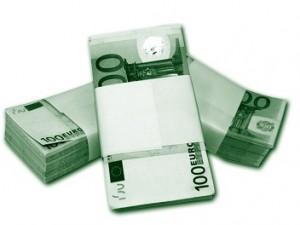 stapel euro biljetten
